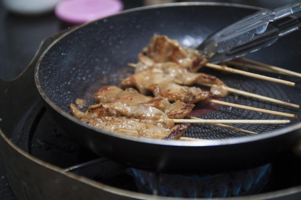 Satay Pork umdrehen
