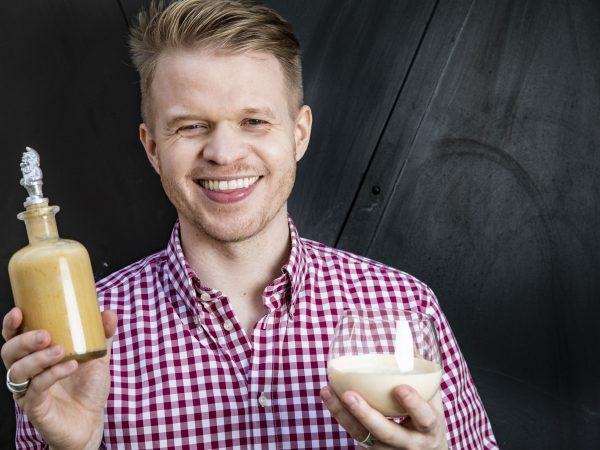 Eierlikoer und Geruehrter Wiener Eiskaffee | Foto (c) Julian Kutos