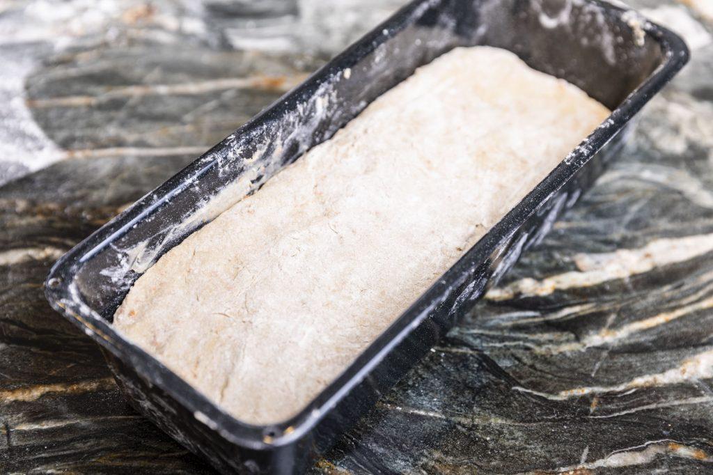 Brot aufgehen lassen | Foto (c) Julian Kutos